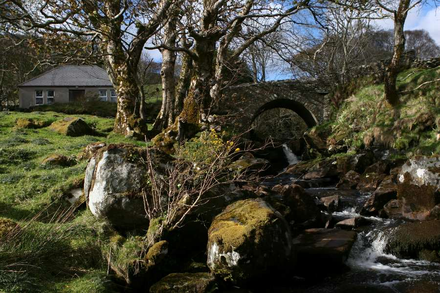 Modern Home Meets Ancient Bridge in Donegal