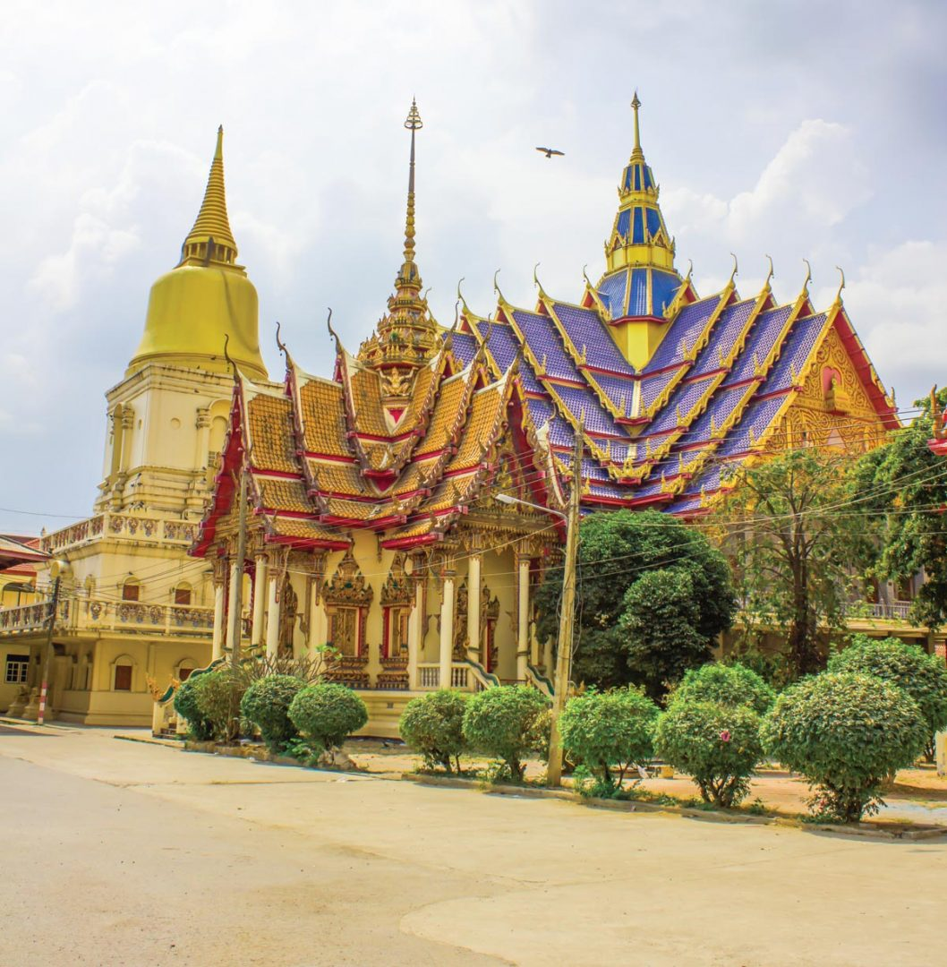 wat bang phra temple