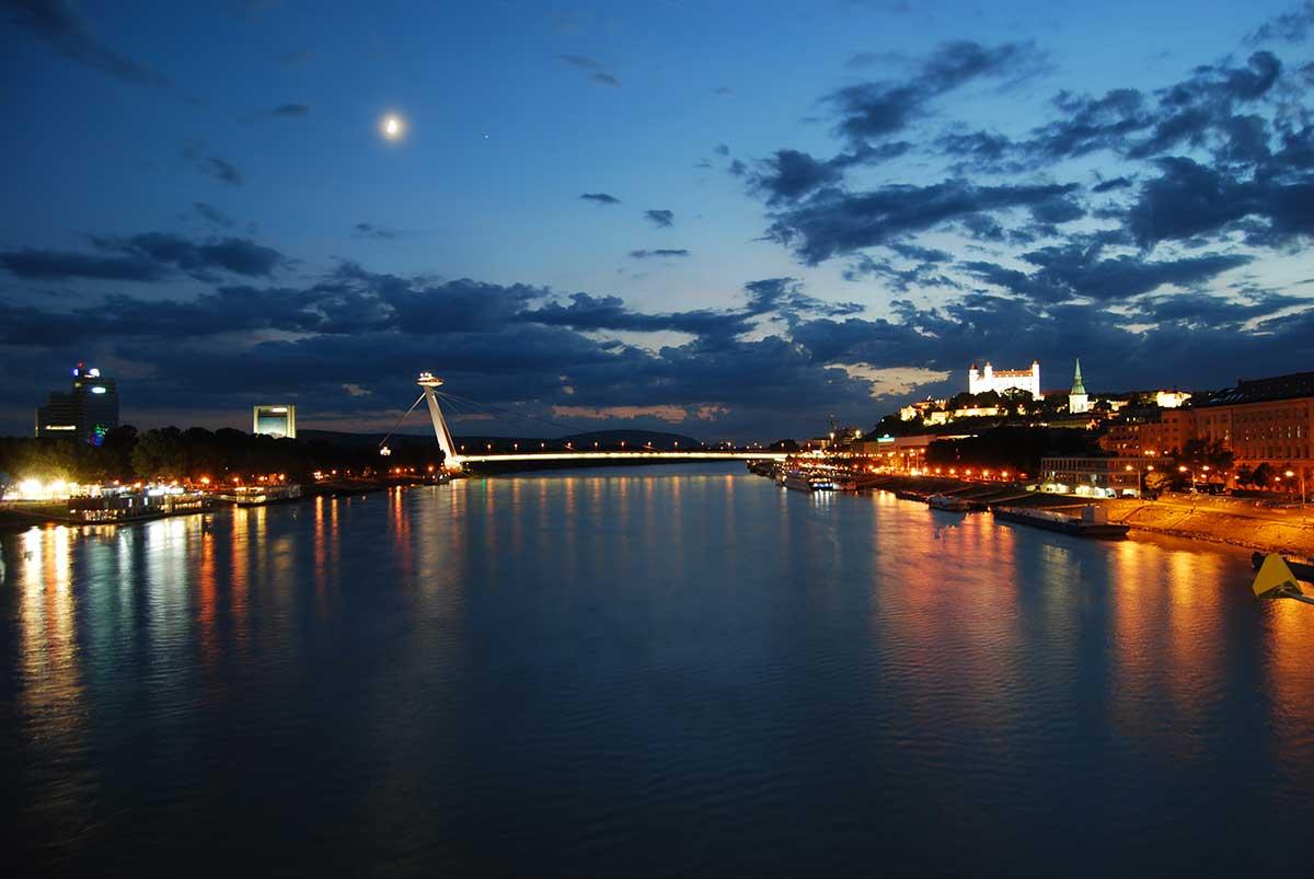 bratislava slovakia ufo bridge