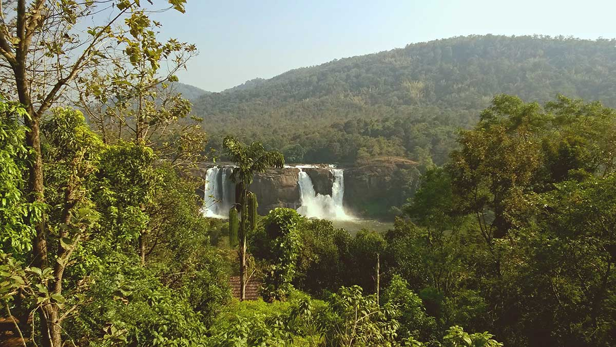 athirappilly waterfall thrissur