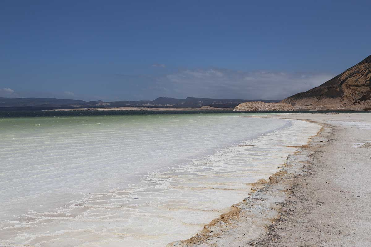 djibouti salt lake