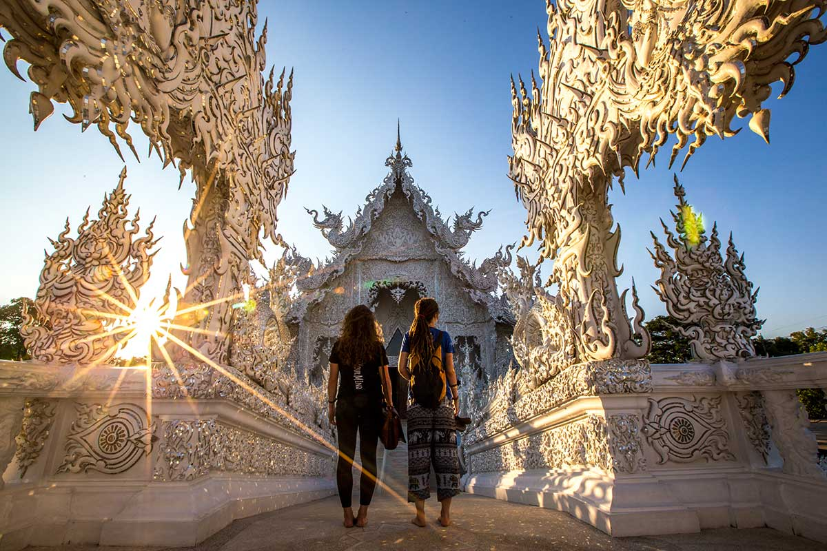white temple northern thailand