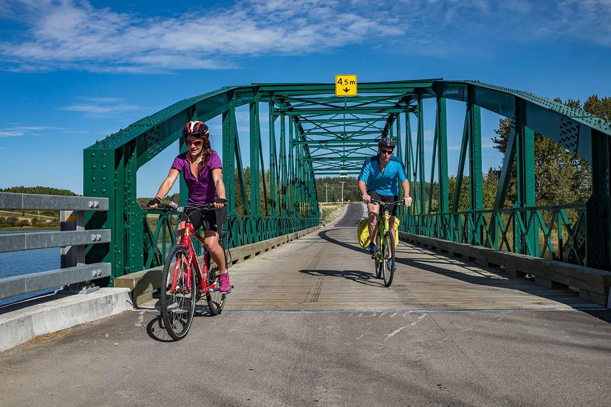 quebec cycling tourism