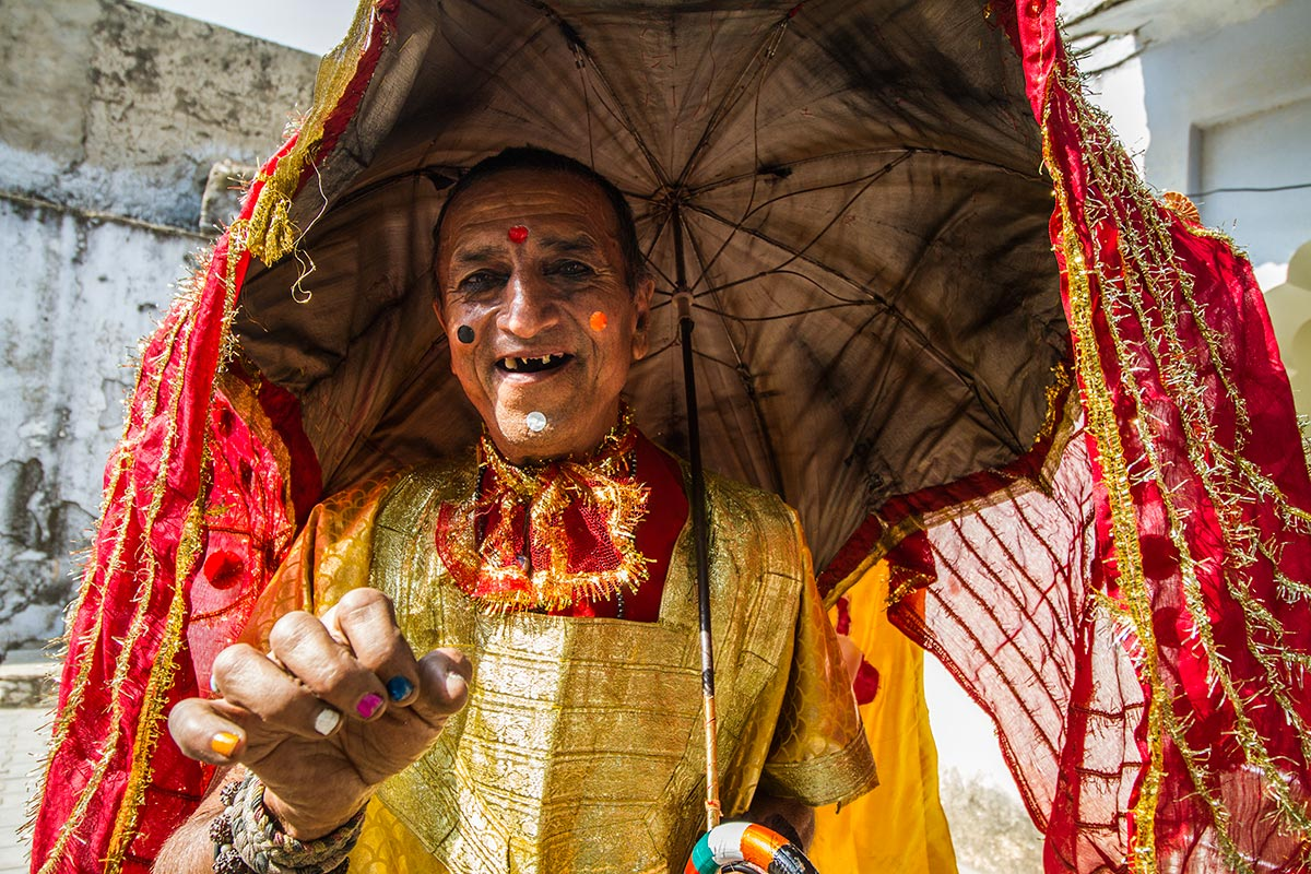 pushkar camel fair costumes