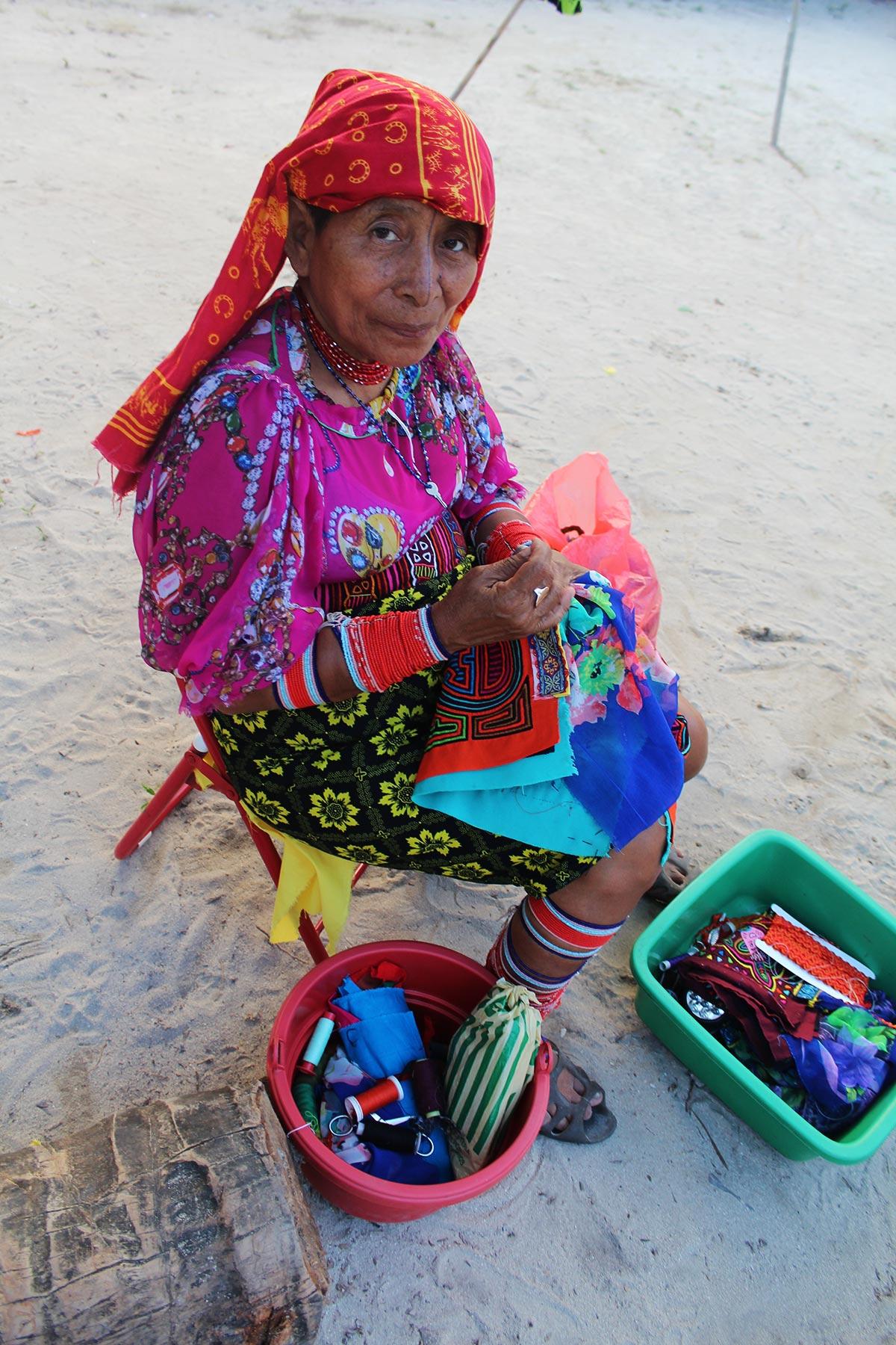 kuna yala woman
