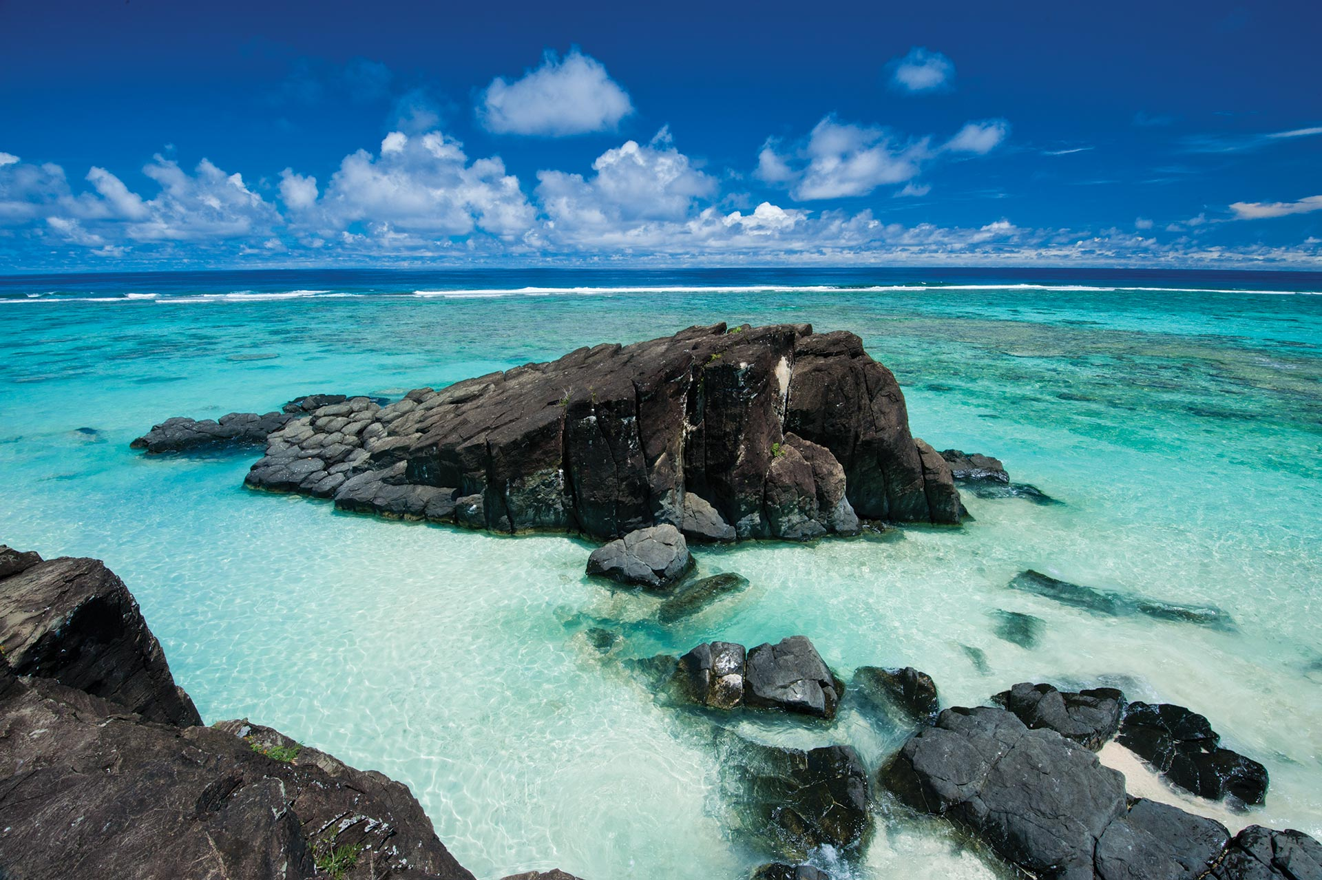 cook islands landscape