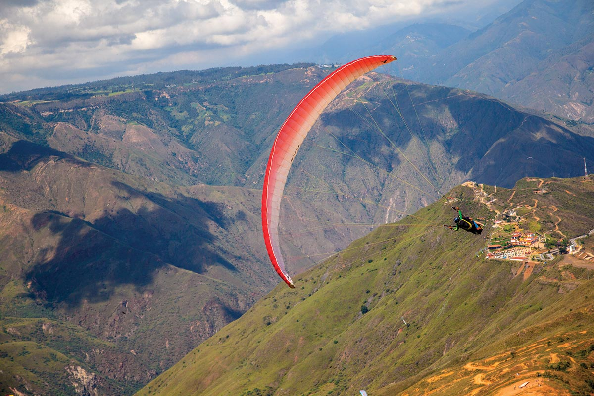 Gliding Like an Eagle Over Colombia's Chicamocha Canyon