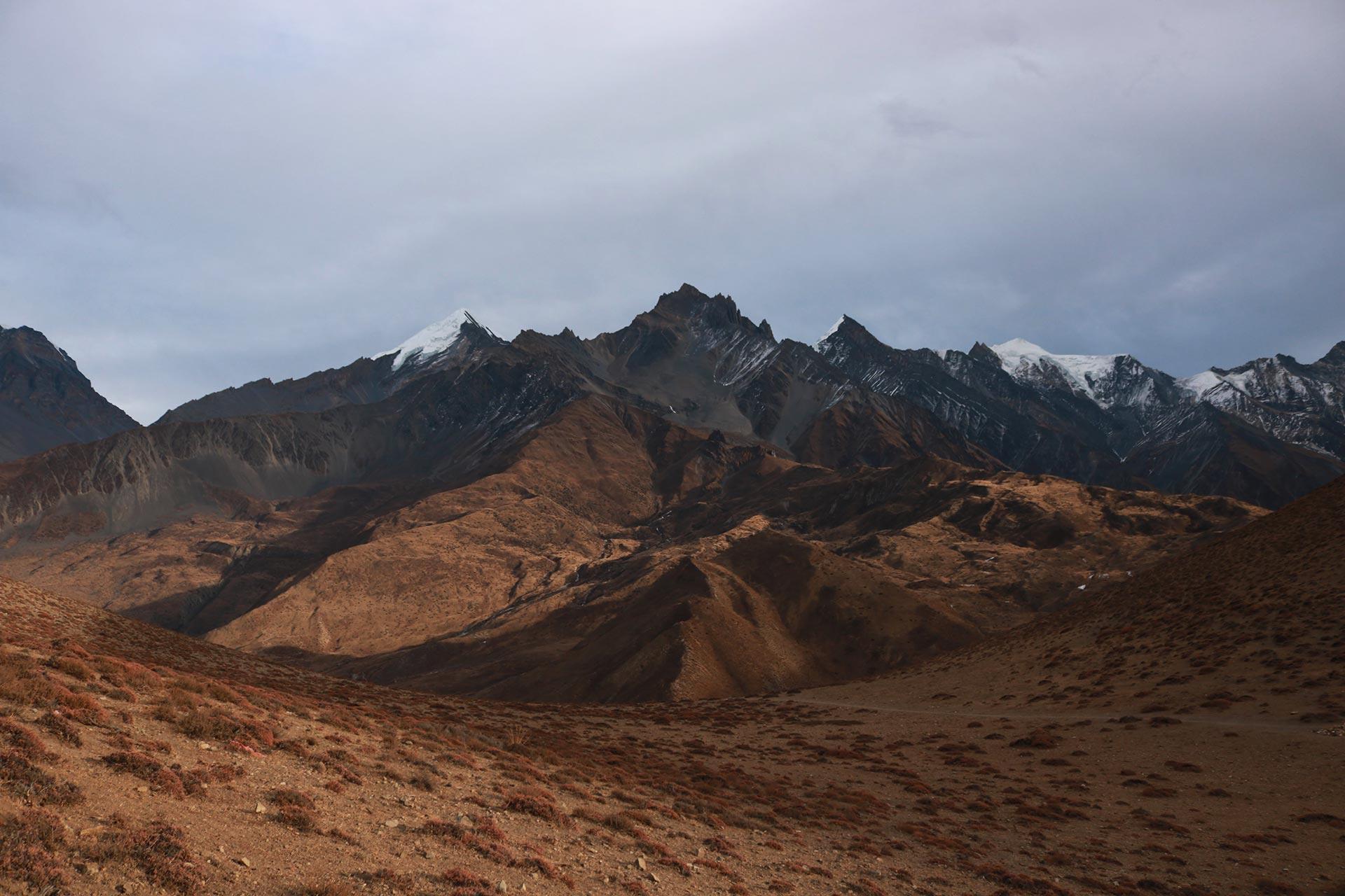 mustang mountain view