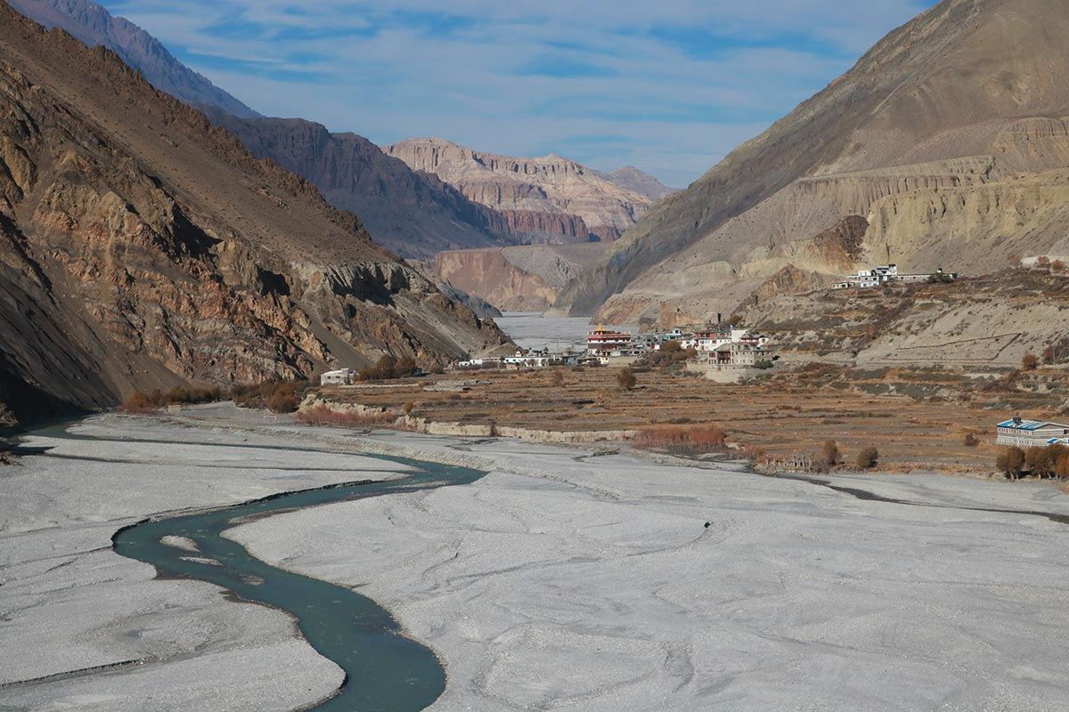 jomsom village tibet
