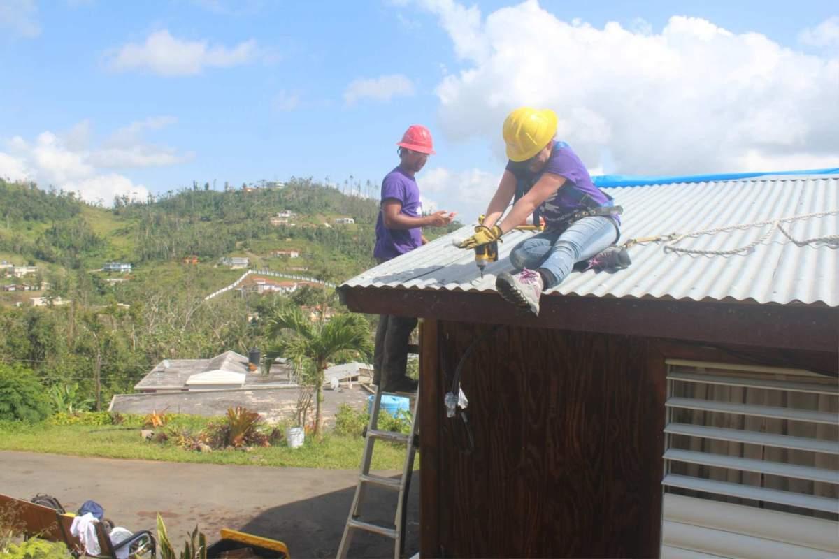 Puerto Rico, volunteering