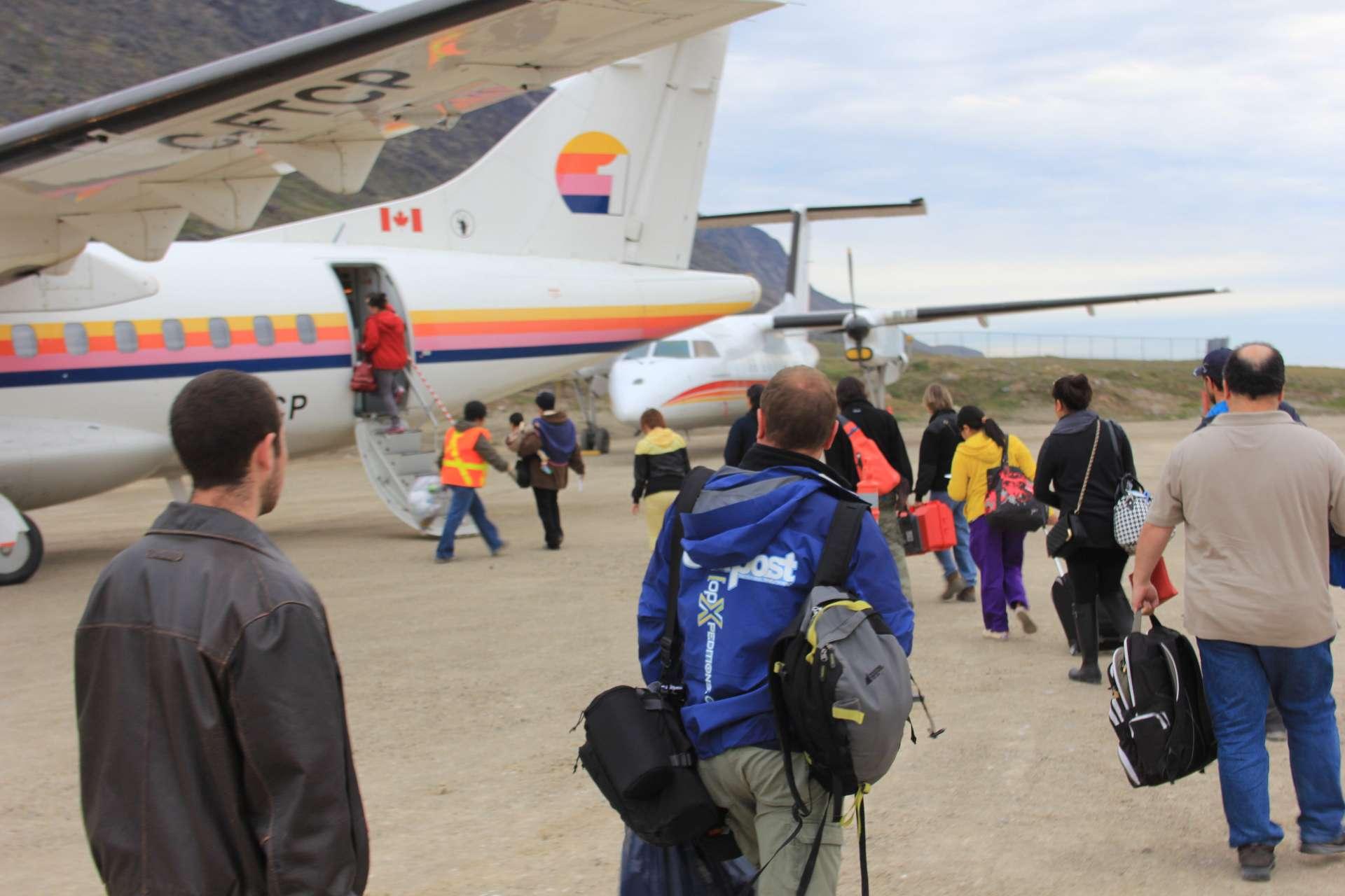 https://outpostmagazine.com Simon Vaughan opXpeditions Nunavut